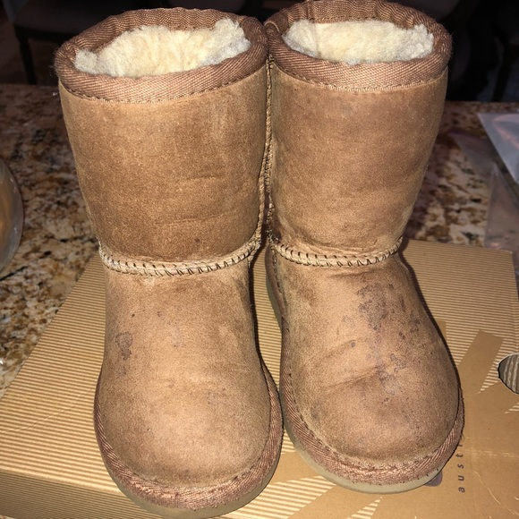 95904f8faaa Ugg Toddler Boots